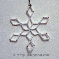 RobyGiup Handmade: tutorial per un fiocco di neve di perline - Tutorial for a snowflakes with beads #Christmas #tutorial #DIY #craft #snowflake