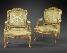 Belle paire de fauteuils à la reine en bois sculpté et redoré d'époque Louis XV, attribuée à Louis Cresson.