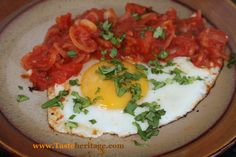 Huevos Rancheros - a stunning Mexican breakfast that will set you up for the day! All at www.tasteheritage.com