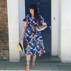 When you're scrolling through your Instagram feed and something beautiful catches your eye... 😍 Look how gorgeous Abi is in her Eve Dress! Perfect for all this sunny weather recently! 🌞
