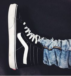 trendy how to wear vans nike free Adidas Shoes Outlet, Vans Shoes, Nike Outlet, Vans Sneakers, High Top Vans, High Top Sneakers, How To Wear Vans, Vans Outfit, Nike Free Shoes