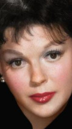 Beautiful photo of the great Judy Garland