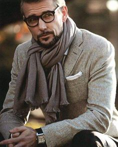 My Stylish Husband.Menswear and men's fashion Older Mens Fashion, Herren Outfit, Hommes Sexy, Mens Fall, Mens Winter, How To Wear Scarves, Fashion Mode, Fashion News, Fashion 2016