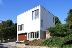 Quadratisch, praktisch, gut – so präsentiert sich das moderne Einfamilienhaus, das wir euch heute mitgebracht haben.