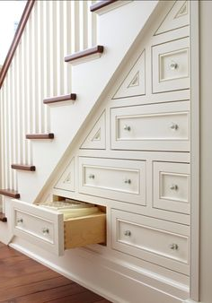 Wow!! Great storage idea for the next house!