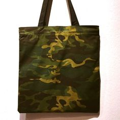 c29fee2a3a Totebag with zip (canvas material)