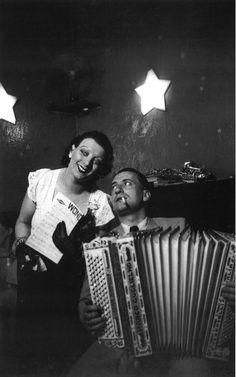 Brassaï: Kiki at the Cabaret des Fleurs, Montparnasse, c.1932