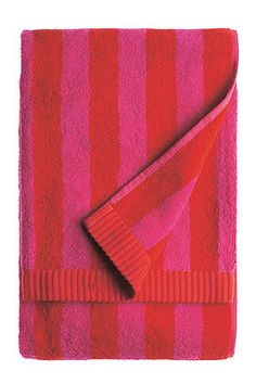 Nimikko bath towel by Marimekko