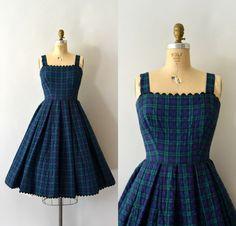 Vintage Dresses 50s, 50s Dresses, Pretty Dresses, Beautiful Dresses, Vintage Outfits, Short Dresses, Frock Fashion, Fashion Dresses, Frock For Teens