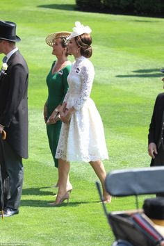 Kate Middleton joins Queen and William at the Royal Ascot