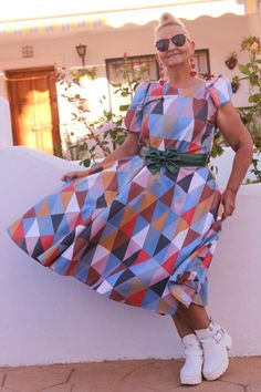 Harlequin Print Dress, Bow Belt and White Boots | MIS PAPELICOS