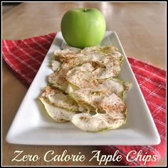 zero calorie apple chips you can eat all day long Negative Calorie Foods, Zero Calorie Foods, No Calorie Snacks, Low Calorie Recipes, Diet Recipes, Healthy Snacks, Healthy Eating, Cooking Recipes, Healthy Recipes