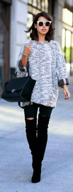 VIVALUXURY - Source Wool Sweater + Black High Waisted Jeans Legging.