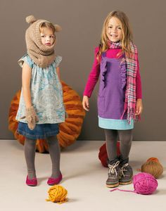 Oh my gosh, that bear snood is to die for.  Definitely making one.