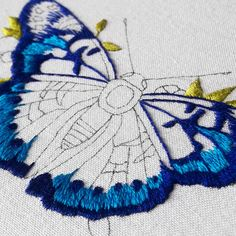 New Absolutely Free butterfly Embroidery Designs Tips Thank you for visiting hand embroidery! Embroidery is usually a soothing innovative store to help ke Butterfly Embroidery, Learn Embroidery, Embroidery Fashion, Modern Embroidery, Crewel Embroidery, Embroidery Hoop Art, Hand Embroidery Designs, Beaded Embroidery, Cross Stitch Embroidery