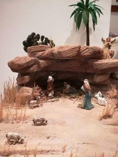 1 million+ Stunning Free Images to Use Anywhere Christmas Village Display, Christmas Nativity Scene, Christmas Scenes, A Christmas Story, Christmas Crib Ideas, Christmas Diy, Christmas Decorations, Fontanini Nativity, Diy Nativity