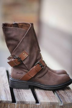 Blowfish Double Buckle Boots-Brown