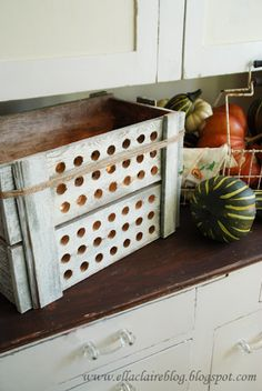 {Ella Claire}: Rustic Crate Inspired Autumn Luminary Tutorial
