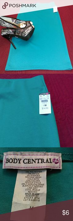 Pencil skirt by Body Central. This aqua color pencil skirt is 78% polyester, 18% rayon and 4% spandex. The waist is 13 inches across and the length from waist to hem is 25 inches. Body Central Skirts Midi