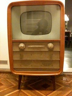 Rafena Atelier East Germany) and in my collection! Vintage Television, Television Set, Lps, Tv Sets, Vintage Tv, Old Ads, Tv On The Radio, Furniture Inspiration, Vintage Patterns