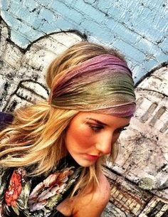 Way cute stretch headband. {DIY with a scarf. Place on forehead, wrap around head, bring it back around, and tie on the top of your head. Cute to wear out and about or just to keep your hair out of your face while doing your makeup!}