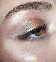 make-up, eyes, eyeshadow, holographic - Makeup Looks Yellow Makeup Goals, Makeup Inspo, Makeup Hacks, Makeup Ideas, Makeup Geek, Makeup Tutorials, Makeup Quiz, Beauty Make-up, Beauty Hacks