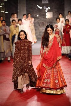 Anju Modi Collection 2013 | Vogue Wedding Show 2014