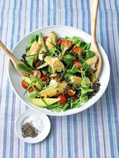 Smoked mackerel is the perfect ingredient for a quick and scrumptious supper and it& packed full of nutrients. Endive Recipes, Veg Recipes, Healthy Salad Recipes, Seafood Recipes, Cooking Recipes, Yummy Recipes, Recipies, Smoked Mackerel Salad, New Potato Salads