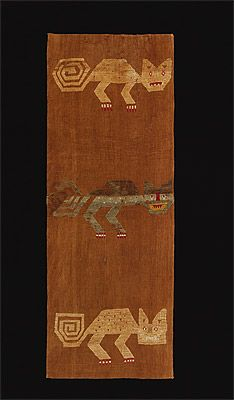 CHANCAY culture (Lima 1200 – 1450 AD) - Textile with cat design - wool and cotton, woven - National Gallery of Australia, Canberra