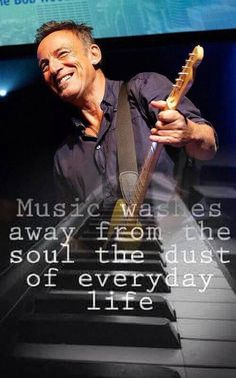 Good for your soul . The Boss Bruce, Be The Boss, Elvis Presley, Bruce Springsteen Quotes, Good Burns, E Street Band, Born To Run, Jersey Girl, Greatest Songs