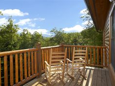 Misty Mountain Lodge- 5 Bedroom-NOT pet friendly-is available July 4
