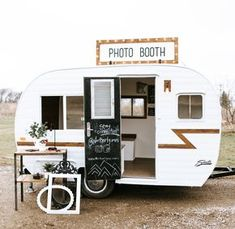 The first photo booth camper in Minnesota. Book this traveling photo booth for weddings, graduation parties, corporate events, and more! Vintage Camper Redo, Vintage Campers, Boler Trailer, Tiny Camper Trailer, Camper Van, Photo Booth Business, Shasta Camper, Mobile Bar, Mobile Shop