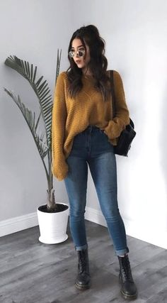 Every highschool student knows that style is imperative and when it involves getting noticed. Simple Outfits For School, Trendy Fall Outfits, Casual Winter Outfits, Winter Fashion Outfits, Stylish Outfits, Spring Outfits, High School Outfits, High School Clothing, Simple Outfits For Teens