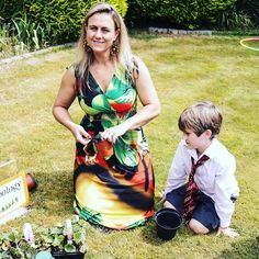 Harry Potter themed party for my 7 year old. Here we are doing a Herbology lesson! Magic Party, 7 Year Olds, Planting, Summer Fun, Party Themes, Harry Potter, Outdoors, Activities, Birthday