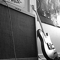 Telecaster through a Fender tube amp=perfection.