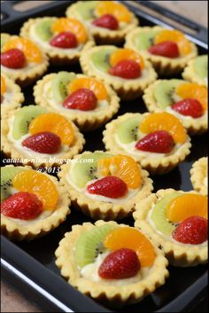 The post Cupcakes Recipes Fruit Sweets 25 Ideas appeared first on Dessert Factory. Tart Recipes, Fruit Recipes, Cheesecake Recipes, Cupcake Recipes, Sweet Recipes, Dessert Recipes, Mini Fruit Pies, Mini Desserts, Mini Pies