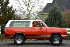 No Reserve: 1977 Dodge Ramcharger SE 4×4 | Bring a Trailer Old Dodge Trucks, Dodge Pickup, Ram Trucks, Pickup Trucks, Dodge Ramcharger, Chrome Wheels, America And Canada, Classic Cars Online, Classic Trucks