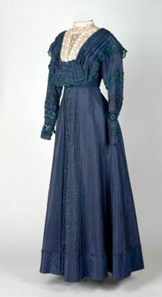 Dress, ca. 1910-20. Cotton and silk. Leeds Museum