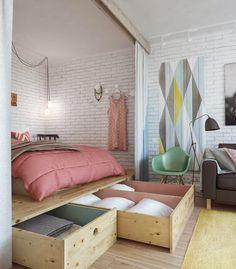 A cama está sobre um plataforma e contém gavetões super práticos. ótimo para pequenos espaços. #achadosdedecoração #pequenosespaços