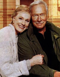 Cinema classics on DVD: On Golden Pond Julie Andrews, Christopher Plummer Hollywood Stars, Classic Hollywood, Old Hollywood, Julie Andrews Children, Sound Of Music Movie, Movie Couples, Posing Couples, On Golden Pond, Christopher Plummer
