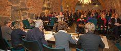 Uutiset, 31.1.2013  Suomen tulevalta ihmisoikeusstrategialta toivotaan konkreettista tavoitteiden asettelua ja jatkuvuutta Suomen painopisteille