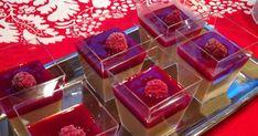 Jouluaaton juhlapöytään mietin jotain pientä makeata, jonka jaksaisi vielä syödä jälkiruoaksi. Kollegani kysyi minulta samaa asiaa ja siinä ...
