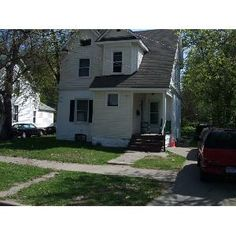 GREAT PRICE/GREAT LOCATION 822 Prospect Ave NE, Grand Rapids, MI 49503  Type: DuplexAvailable: TodayFrom: $500.00