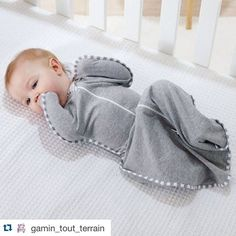 Many thanks to our friends @gamin_tout_terrain in France for this sweet picture!  #Repost #lovetodream #swaddleup #safesleep