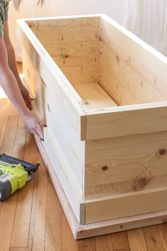 DIY Storage Trunk - Love Grows Wild DIY plans and tutorial for a beautiful wood storage trunk with step-by-step photos<br> DIY Storage Trunk Woodworking Outdoor Furniture, Woodworking Projects Diy, Diy Furniture, Woodworking Plans, Popular Woodworking, Diy Storage Trunk, Diy Storage Boxes, Pallet Storage, Toy Box Plans