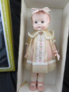 Vintage 1976 Effanbee Patsy Ann Doll Limited Edition Green Eyes MINT with BOX