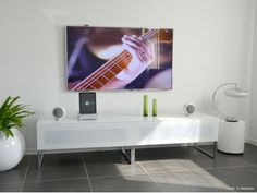 intégration Home-cinema - Rouge Console, Home Cinemas, House Doctor, Sweet Home, Colours, Cabinet, Living Room, Simple, Wall