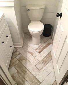 Bathroom decor for your bathroom remodel. Discover bathroom organization, bathroom decor ideas, bathroom tile ideas, bathroom paint colors, and more. Home Renovation, Home Remodeling, Design Rustique, Diy Bathroom Remodel, Bathroom Ideas, Bathroom Images, Bathroom Mirrors, Bathroom Renovations, Tub Remodel