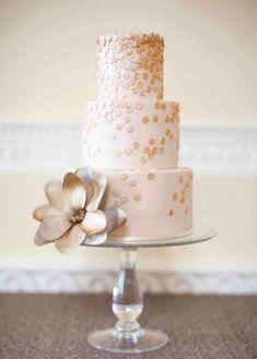 Golden fondant wedding cake | Brosnan Photographic on Grey Likes Weddings— Loverly Weddings
