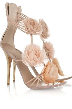 i really really want to wear these on my wedding day